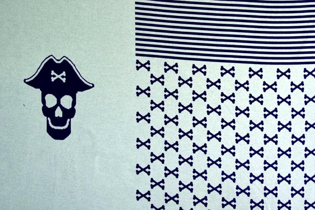 Jacquard Knit Panel Piraten